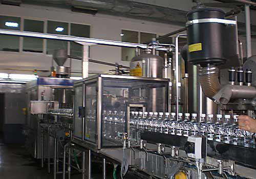 Продается Полуавтомат розлива в ПЭТ бутылки газ воды